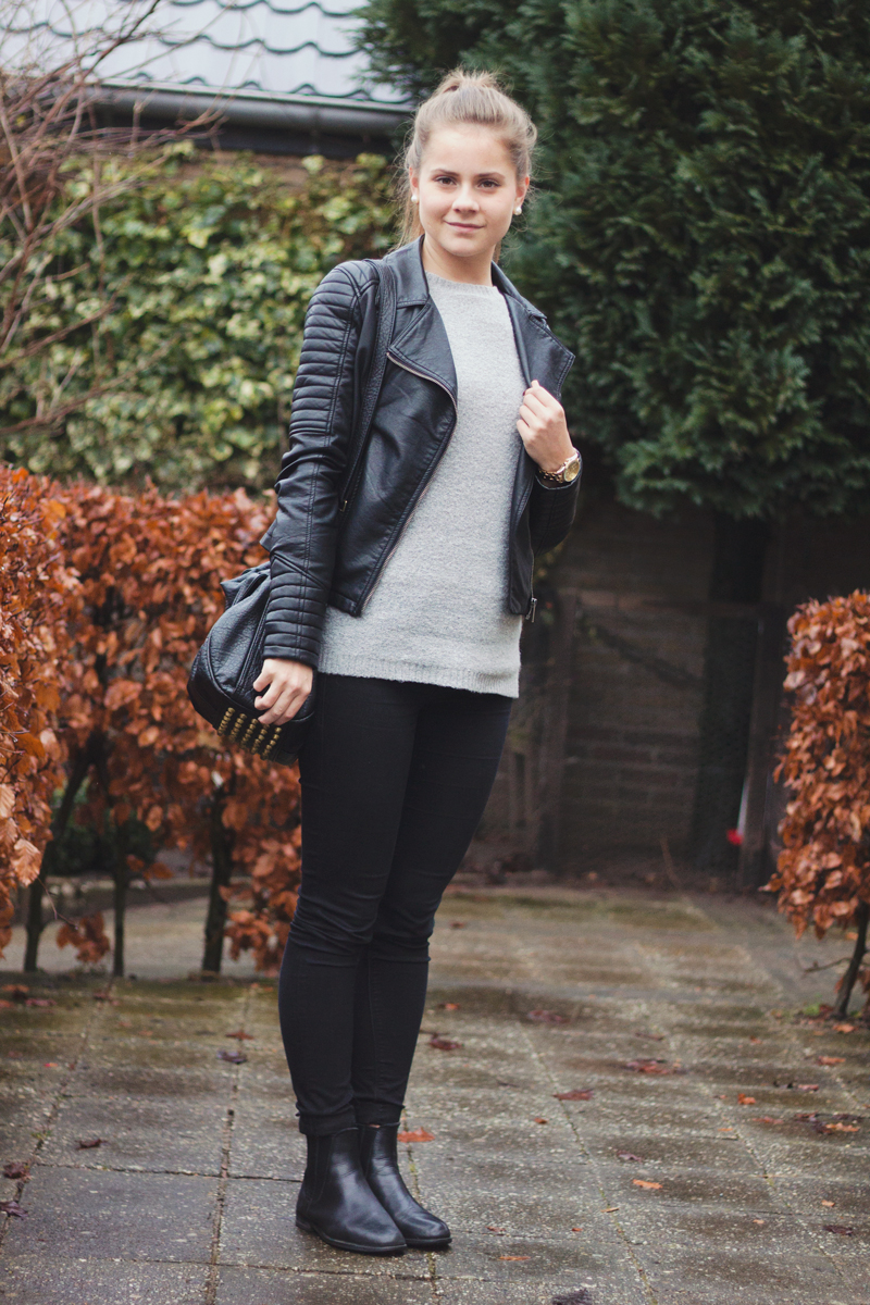 Bikerjack-grey-sweater-2