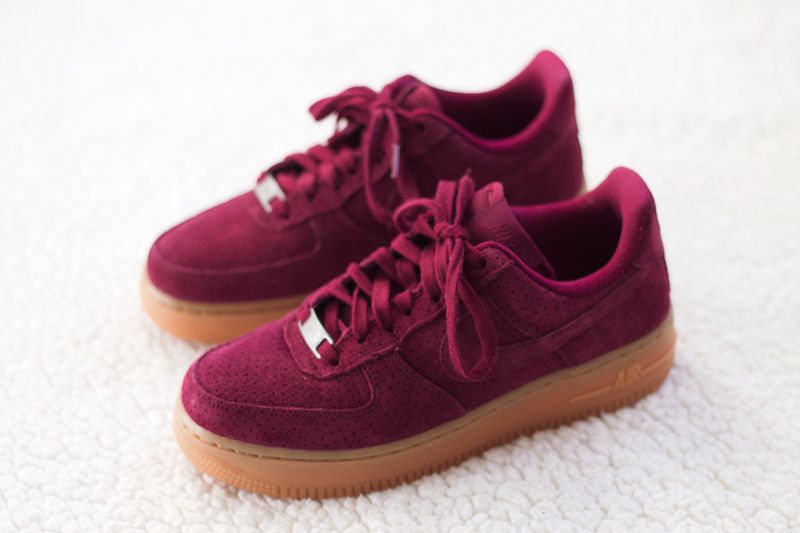 Nike-air-force-1-07-suede-(4)