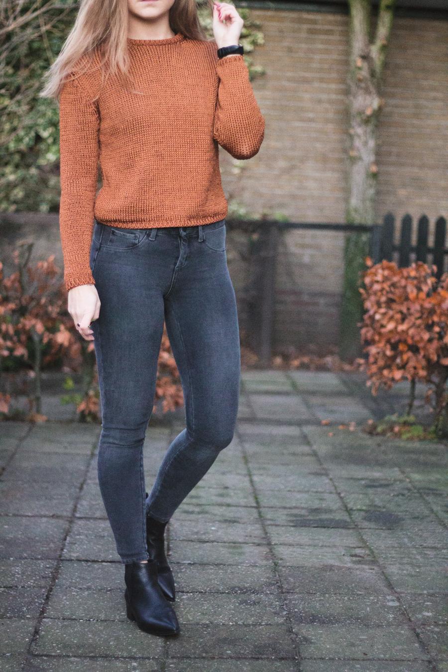 mango-outfit-oranje-trui-3