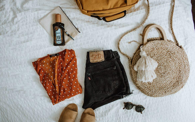 Vakantie voorbereiding: (handbagage) koffer inpakken
